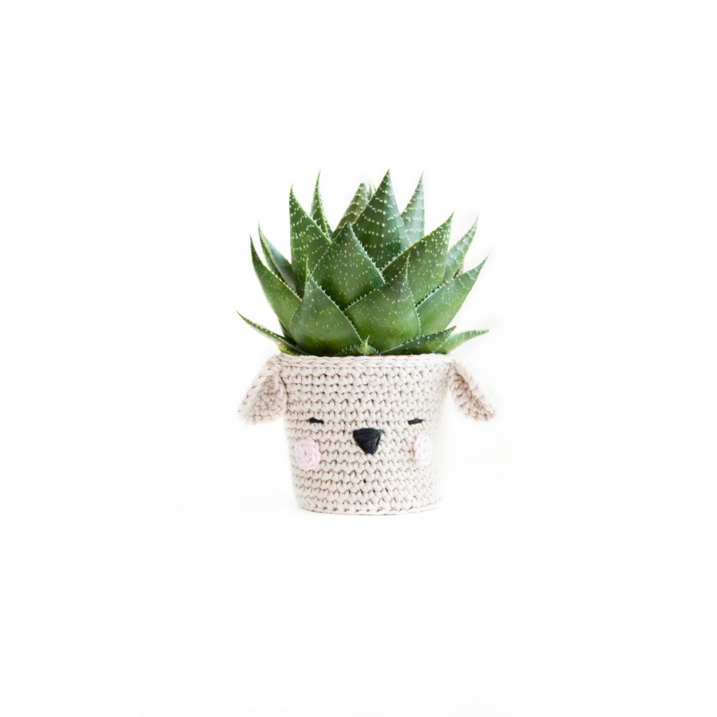 Crochet dog pot