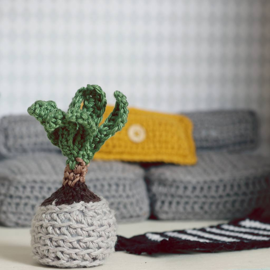 "Crochet modern couch (""Scandinavian"" by Ina Rho"
