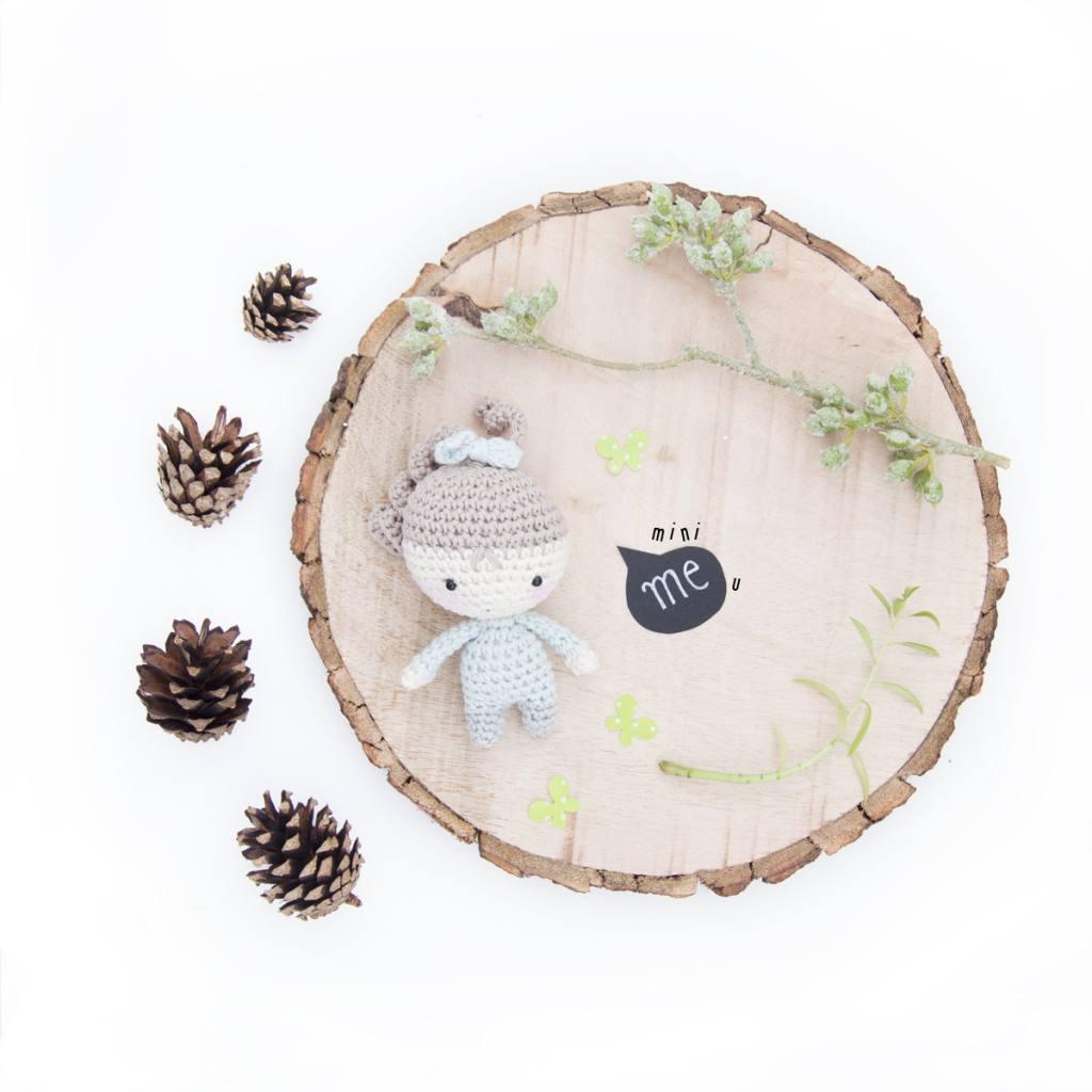 minIMEu - mini crochet doll pattern